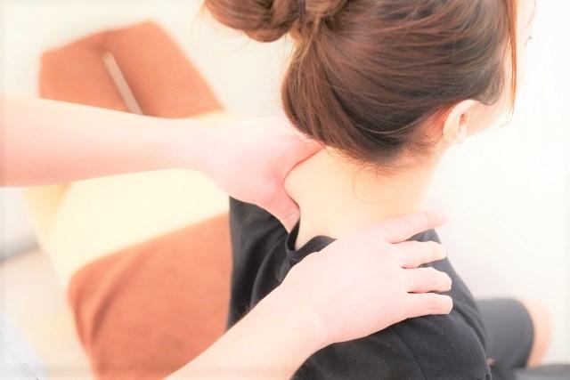 肩こり 肩 痛み 整体 マッサージ